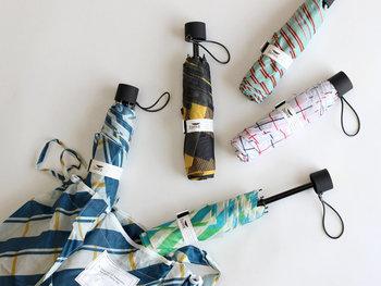 特に臭いが出やすいのは折り畳み傘。乾燥が甘いうちに畳んでそのままにならないよう、要注意です。