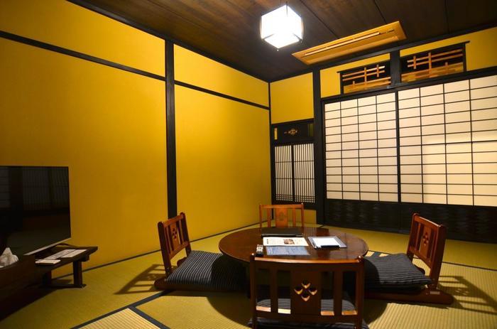 1階にある和室は、なんとも和む雰囲気。おしゃべりをしたり、テレビを観て過ごしたりできる「茶の間」です。
