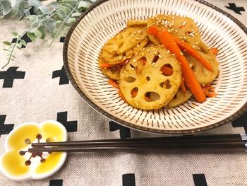 胡麻味噌の黄金コンビは、きんぴらの味つけでも活躍!味噌の旨味でよりご飯が進む味つけになります。いつものきんぴらに飽きたら、ぜひ試してみて。