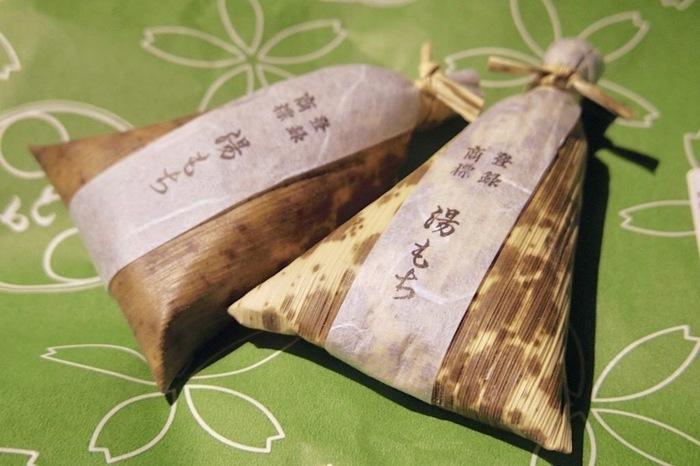 """箱根を訪れた際のお土産におすすめなのが、創業68年の老舗「湯もち本舗 ちもと」で販売されている""""湯もち""""。"""