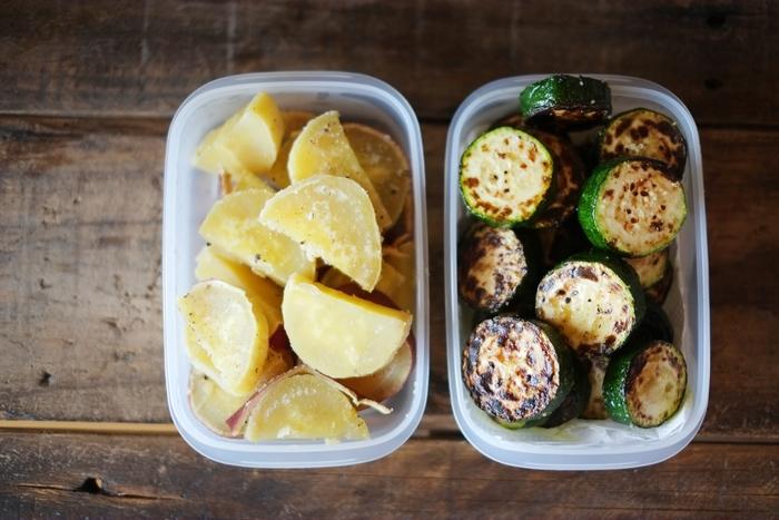 自然解凍できるおかずは、保冷材代わりにもなるから、夏場のお弁当にも大活躍!