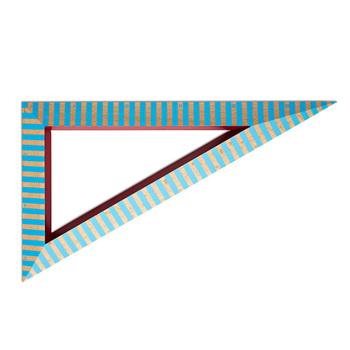 HAY(ヘイ) より「Wooden Ruler Triangle(ウッデンルーラートライアングル)」。木製の定規に、鮮やかなブルーのストライプがポイントです。POPなデザインなので机の上に並べておくだけでも、何だかテンションが上がりますね♪
