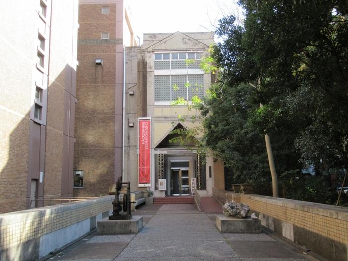 本郷キャンパス内にある「東京大学総合研究博物館」は無料で入館できますよ。考古学・人類学関係の標本資料などが豊富に揃っています。最高水準のアカデミックな空気に触れてみてはいかがでしょう。
