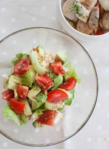 サラダに使えばあっという間に中華風サラダのできあがり。豆腐やアボカドなどにも合います。春雨サラダにもいいかも。