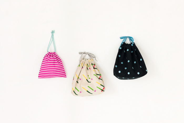 【新連載】cocca×Amorpropio「素敵な布ではじめるソーイング」 vol.1-巾着バッグとポーチ
