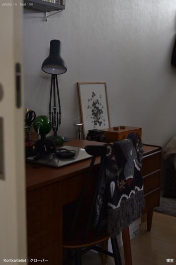 大きすぎずちょうど良いA3サイズなので、家中どこに置いても掛けても飾りやすくてお気に入りなのだそう。