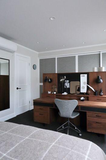 ひよりごとさんの寝室はSASロイヤルホテルを参考に作られたお部屋とのことで、まさにぴったりの時計に出会われたのですね。