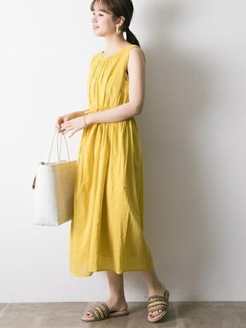 一枚で着こなせるワンピースコーデ、いかがでしたか?忙しい毎日でも、さっと着るだけでコーデが決まるロングワンピースがあれば、暑い夏も快適に過ごすことができますよ♪お気に入りのワンピースコーデを見つけてみてくださいね。