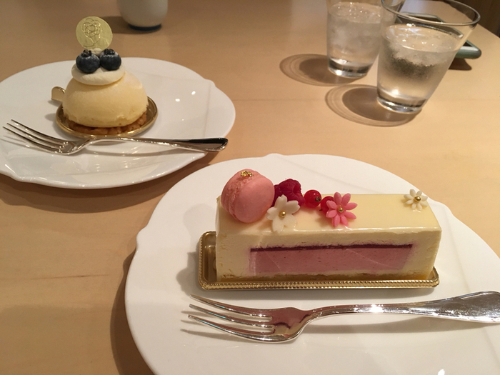ケーキやデザートも豊富だから参拝の際の休憩にもぴったりです。