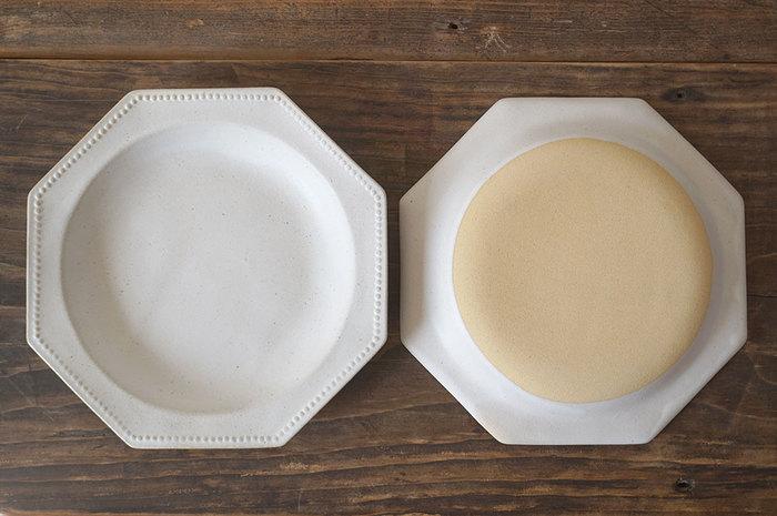 こちら和食、洋食問わず合わせやすく、さらにはとても使いやすい大きさで、一品料理にはもちろん、カレーやパスタ皿としてもおすすめのプレートです。