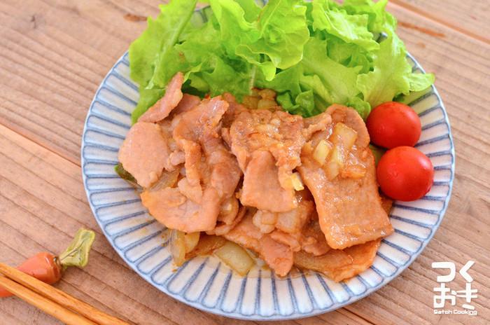 家庭料理の定番メニュー「豚のしょうが焼き」は、タンパク質とビタミンBが一緒に摂れるので、実は夏バテ対策にぴったりのメニューなんです。お家にある材料で手軽に作れるのもうれしいですね。