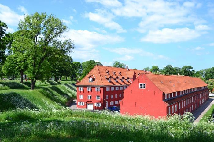 北欧の魅力を紐解いてみると、訪れてみたいという気持ちも高まりますよね。ここからは、北欧旅行でぜひ訪れてほしいスポットをご紹介します。