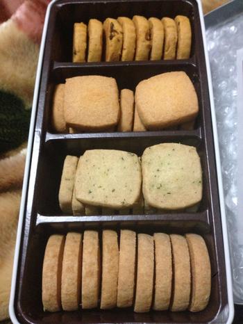 1982年に鎌倉でオープンした洋菓子店「レ・ザンジュ」のクッキー缶は、塩味が効いたクッキーです。ワインなどのお酒にぴったりの大人の味わいです。