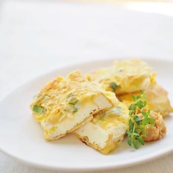 チーズと長ネギの風味をいかした和風のピカタ。なにかもう一品食卓に加えたい時に、ぴったりなお手軽レシピです。すぐにできちゃいますので、時短レシピとして覚えておくと便利ですよ。