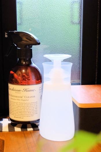 キッチンでご紹介した高濃度アルコールもトイレに使用できますが、トイレ専用の商品はワンプッシュの使いやすいデザインのボトルになっていますので、お好みで使い分けると良いでしょう。