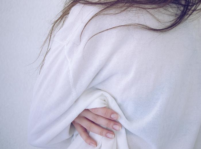"""今、注目の""""エスニック""""。シンプル服とあわせる「大人おしゃれ」のつくり方とは"""