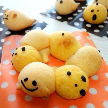 ポンデケージョミックスで作る、簡単ちぎりパンならぬ、ちぎり「ポン」。もちもちした食感が魅力です♪
