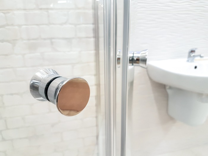 洗面所もニオイの対策やカビの対策が大切。洗濯機やバスマットなど、しっかり雑菌対策とニオイ対策をしておきましょう。