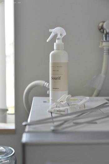 部屋干し・トイレ・キッチンなど臭いを軽減できる除菌スプレーは、家中どこでも使える1本があると使い勝手が良く便利です。 お掃除の仕上げにもシュッシュッとスプレーしておきましょう。