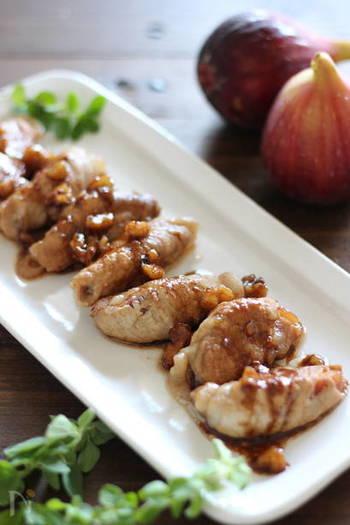 無花果に豚肉を巻き、バルサミコ酢のソースをかけた一品。とろりとした無花果とバルサミコの酸味が絶妙です。