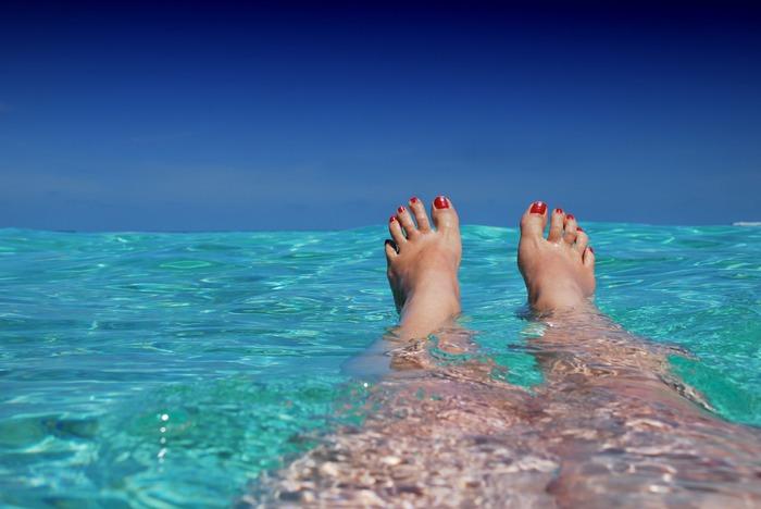 いかがだったでしょうか?指先と合わせて今年の夏も足元まで抜かりなく「フットネイル(ペディキュア)」を楽しんでみてくださいね♪夏のコーディネートの幅がさらに広がりますよ♪
