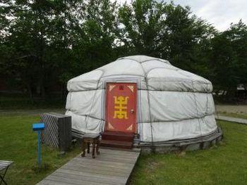 モンゴルの移動式住居「ゲル」がホテルに。テレビでしか見たことの無い異文化を体験できちゃいます。