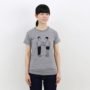 キナリノ読者の中にもファンの多い人気イラストレーター・Noritakeさん。ユニークなモチーフと、独特なモノクロのドローイングがシンプルながら存在感抜群のTシャツです。14種類の中からお気に入りを選んでNoritakeさんの世界観を存分に楽しんでくださいね。