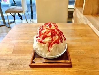 奈良観光の途中にかき氷を食べるなんて休憩時間はいかがですか?それができるのが「おちゃのこ」です。たくさんあるかき氷メニューから好きな味を探してみましょう。数が豊富なので、どれにしようか迷ってしまうはず!