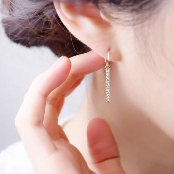 ピアスやイヤリングの輝きは、耳元に1つ付けるだけで彩を与え、あなたをさらに輝かせてくれる魔法のようなもの。お気に入りのピアスやイヤリングを付けて出かけるだけで、心がワクワクして、ハッピーになる感覚を味わわせてくれるのです。