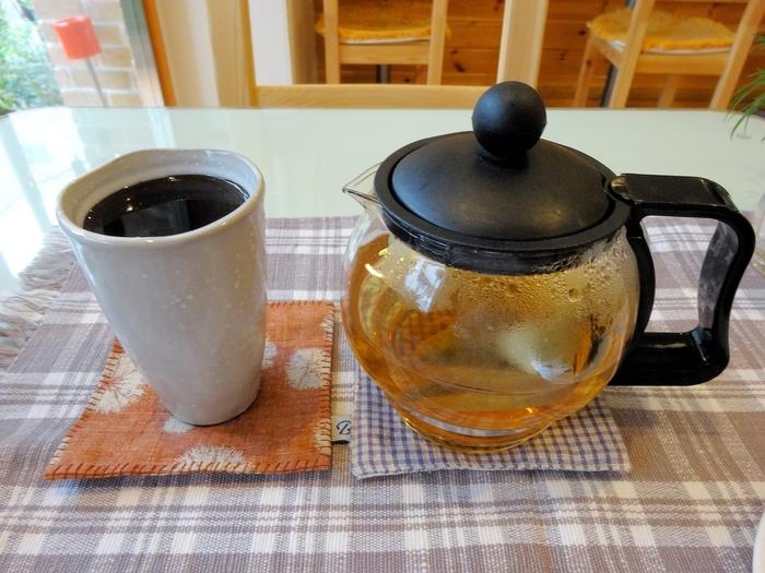 ちょっと変わったコーヒーを飲んでみたいという方は「薬石コーヒー」がおすすめ。新潟県の姫川渓谷周辺に蓄積したラジウム石「姫川薬石」で浄水したお水で沸かしているんです。まろやかな味わいが楽しめますよ。