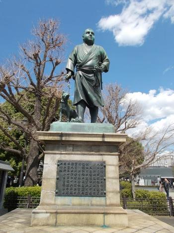 公園入り口を入って左側に進んだところにある「西郷隆盛像」。京成上野駅のすぐそばです。NHK大河ドラマ「西郷どん」のモデルともなっている西郷隆盛さんの像です。上野恩賜公園を訪れた機会にもう一度観に行きたいですね!