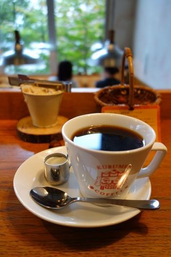 コーヒーメニューは『クルミドコーヒー』『深々煎りコーヒー』『アイスコーヒー』など。