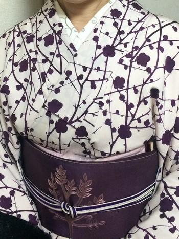 普段着なら好みで自由に選んでOK。ただし、フォーマルな礼装には金銀の糸や絹が使われているものを合わせます。 あらゆる場に適した格調ある帯締めとしては、「冠組」や「高麗組」が代表的。