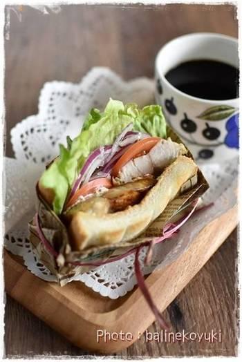 和風だけでなく、洋風アレンジにもおすすめ。こちらは朝食やランチにもぴったりな鯖サンド。塩麹を使うことで鯖の臭みがなくなり、しっとり美味しく仕上がります。