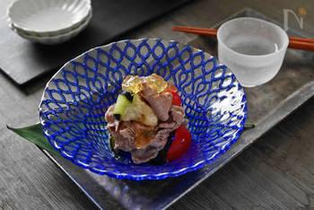じゅわっと水分が溢れだす、水なすと牛冷しゃぶを塩レモンジュレで。まるで料亭のような一品♪キリッと冷やした日本酒にもよく合います。
