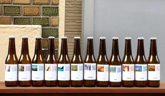 ビール瓶、コーヒー豆やドリップパックのパッケージに付いているQRコードを読み取れば、12種類のコーヒーまたは2種類のビールから選んだお気に入りの味わいとともに、好きな音楽が楽しめます。曲はアンビエントから歌ものまで、さまざま。その日の気分に合わせて選んでくださいね。