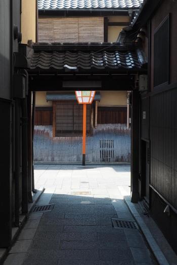 ぶらぶら歩くだけでも京都らしさが堪能できる町、祇園。ランチを交えたプランを立てて、散策を楽しんでみてくださいね。