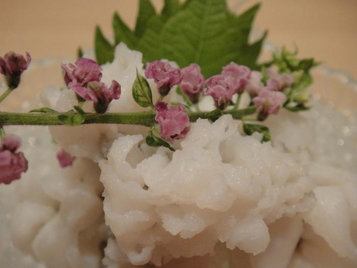 5~11月頃には、京都を代表する食材、鱧も楽しめます。