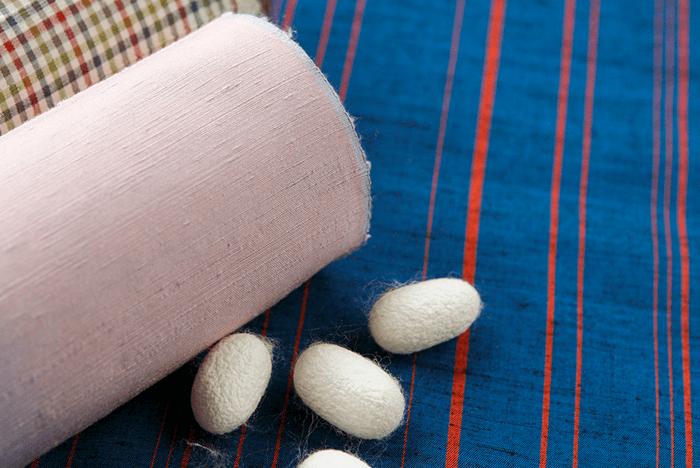 着ない服を捨てずに整理。 『買取サービス』を賢く使ってクローゼットをキレイにしよう