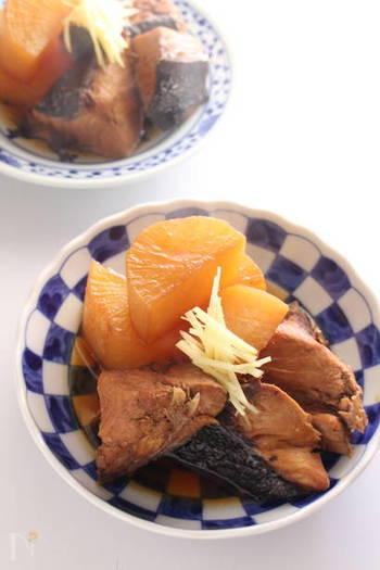 ぶり料理といえば外せないぶり大根は、実はあらを使った方が美味しく仕上がるって知っていましたか?しっかり旨味が出るので、ぜひ一度試してみて!