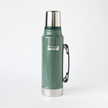 創業100年を超える世界的な魔法瓶のトップメーカー「アラジン社」が展開する人気ブランド、STANLEY(スタンレー)の魔法瓶です。