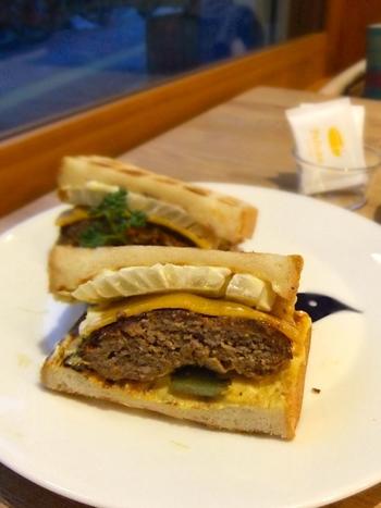 他にもサンドイッチや小倉トースト、クロックムッシュなどパンを使ったメニューがたくさん!おいしいと評判のペリカンのパンを様々な形で楽しむことができます。