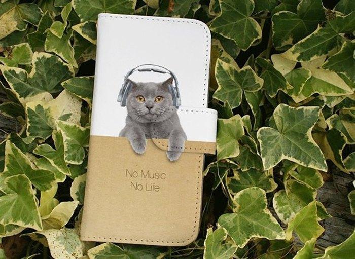 リアルかわいいネコと「No music,No life」のロゴがプリントされているスマホケースは、ネコ好きさん&音楽好きの方へのプレゼントとしてもGOOD!