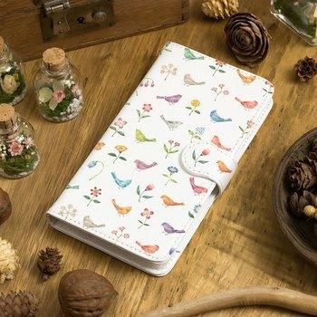 プライベート用は自分が好きなブランドやモチーフ、柄を選んじゃいましょう!カラフルな小鳥や可愛らしいお花が散りばめられた、まるで絵本の世界を再現したようなケースです。