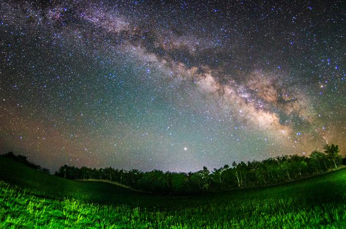 この夏「星空をみる旅」へ出かけてみませんか ~ 星降るスポット7選