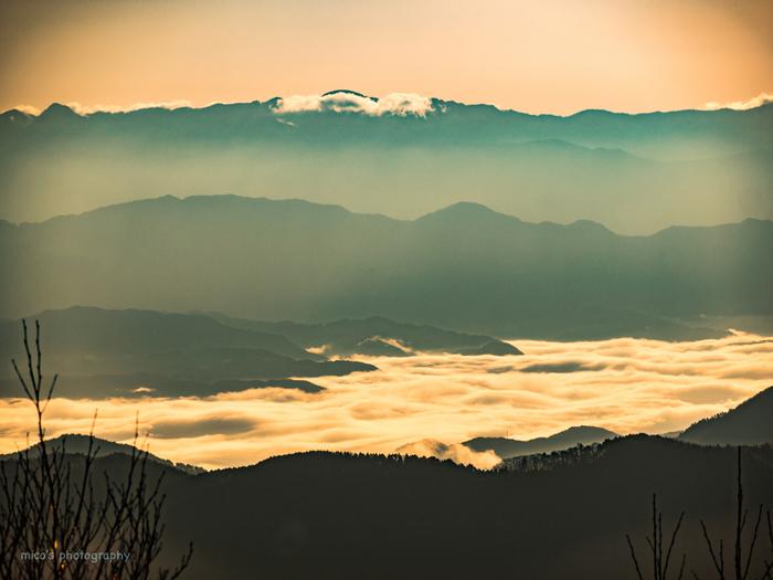 阿智村は、南アルプスまで広がる美しい雲海でも有名。気象条件がととのえば、星空とは異なる幻想的な世界を体験することができるかもしれまんせん。
