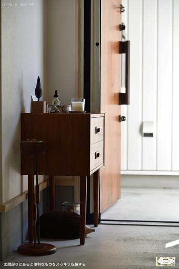 お家のあちらこちらで北欧ヴィンテージ家具が存在感を醸しています。 どこに置いても絵になる家具の選び方、気になりますね。