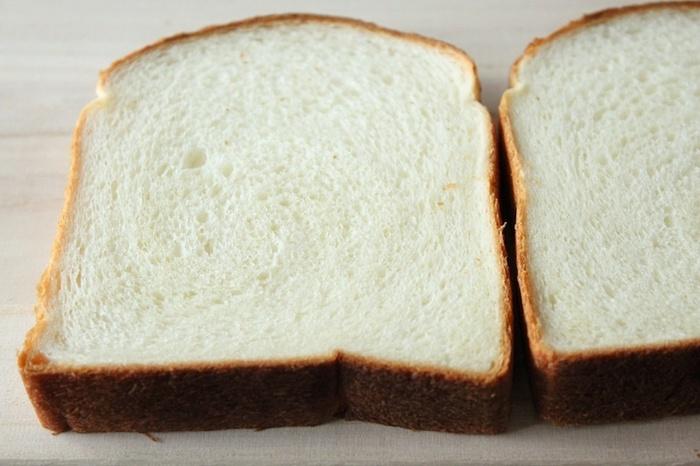 カルピス食パンは、超人気ゆえ、早朝に行かないと手に入らないのだとか。