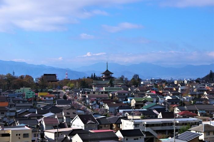 趣ある建物や子供も楽しめる観光スポットがたくさんある長野市。