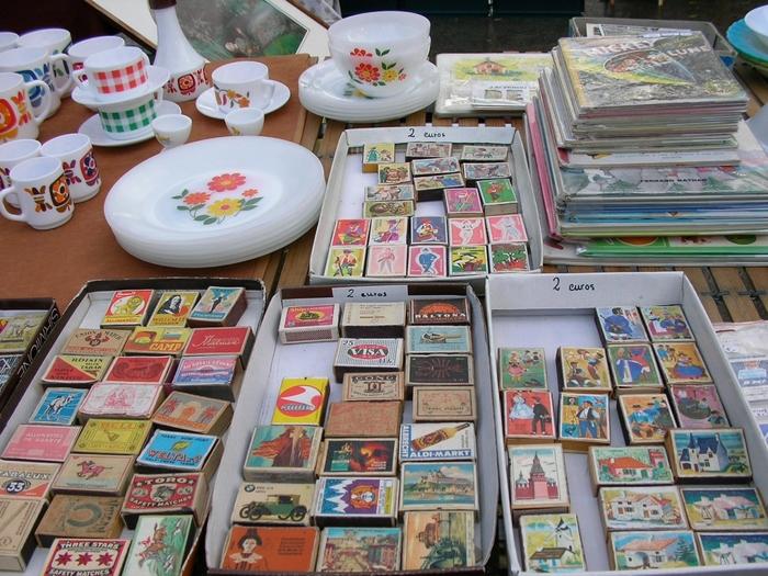 昔のマッチ箱もデザインが豊富でとても素敵ですね。食器も昔なじみのレトロ柄がとってもキュート!